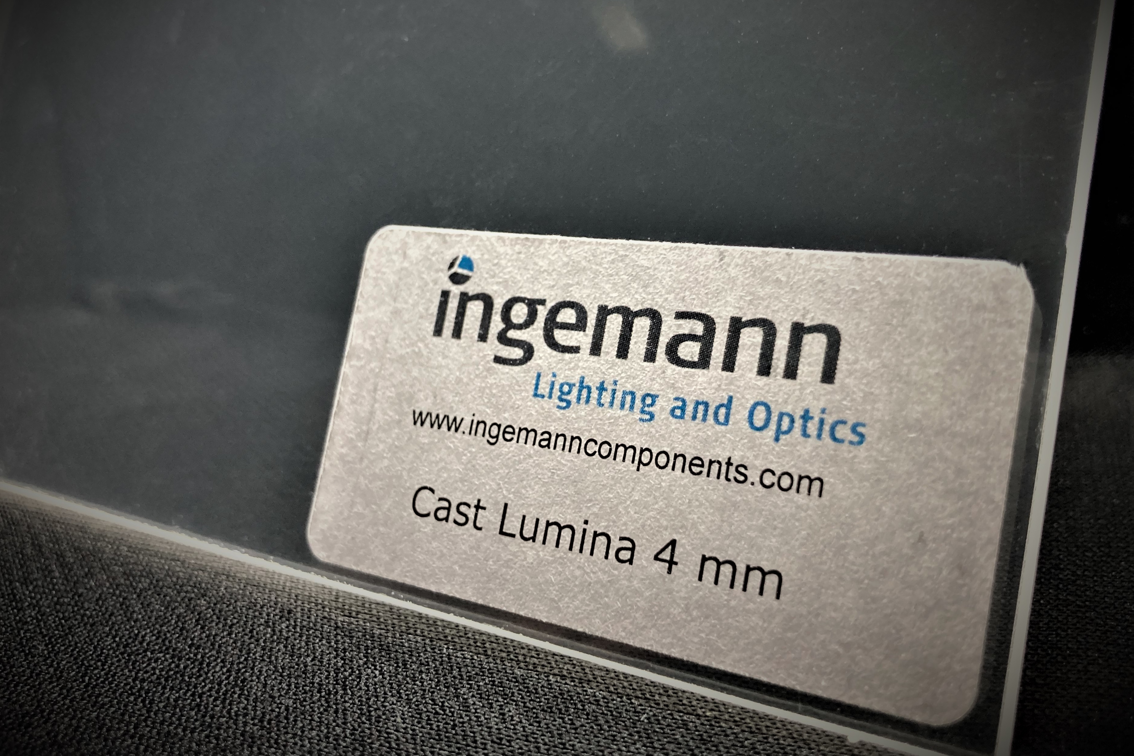 Cast Lumina